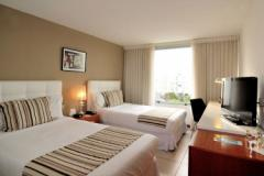 Real Colonia Hotel y Suites - foto 1