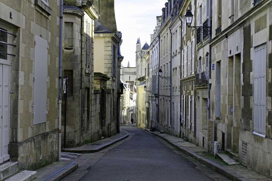 Grand Rue Poitiers Francia