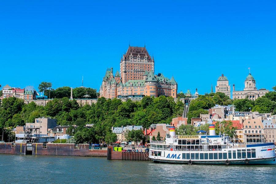 Paseo por el rio en Quebec
