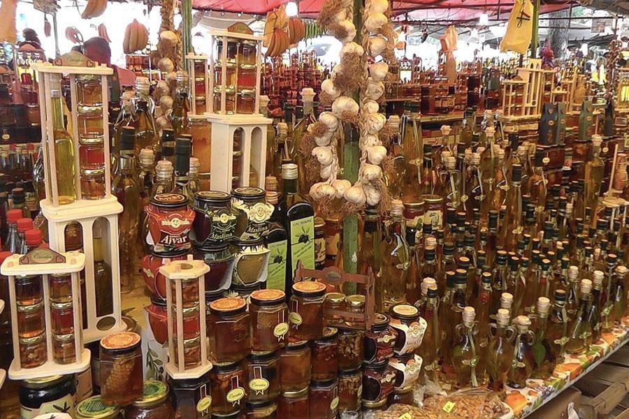 mercado de trogir croacia