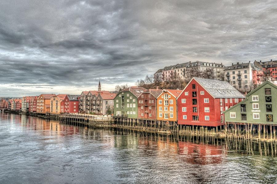 rio nidelva trondheim noruega